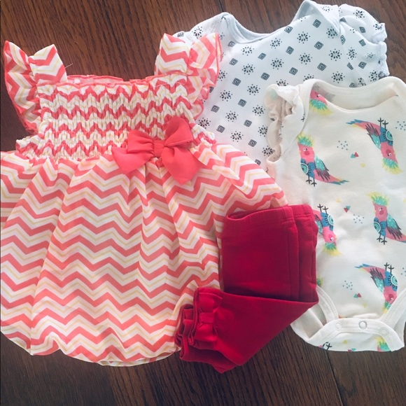 fcced66cc 5 Piece 0-3 Month Baby Girl Bundle!